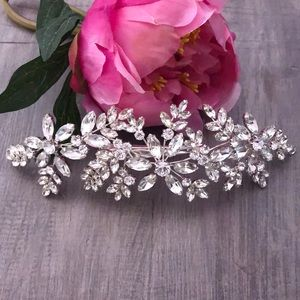 Embellished Special Occasion Hair Clip